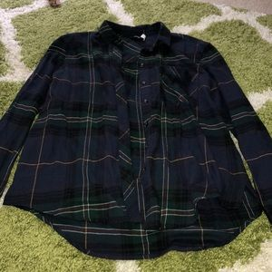 Plaid flannel shirt Urban Outfitters size Small